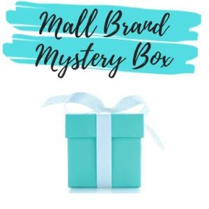 Mall Brand Mystery Box - XS-S - Guess, Hollister+